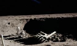 美国宇航局隐藏了月球存在外星人的证据